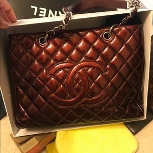 Chanel gst patent leather burgundy large tote
